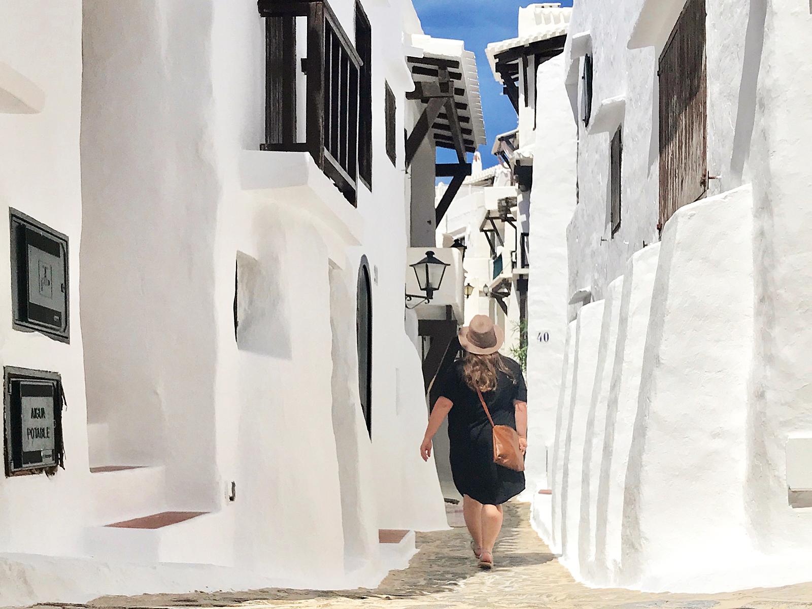Bilderbuchdorf Binibeca Vell: Wie ein künstliches Fischerdorf auf Menorca zum Instagram-Hit wurde