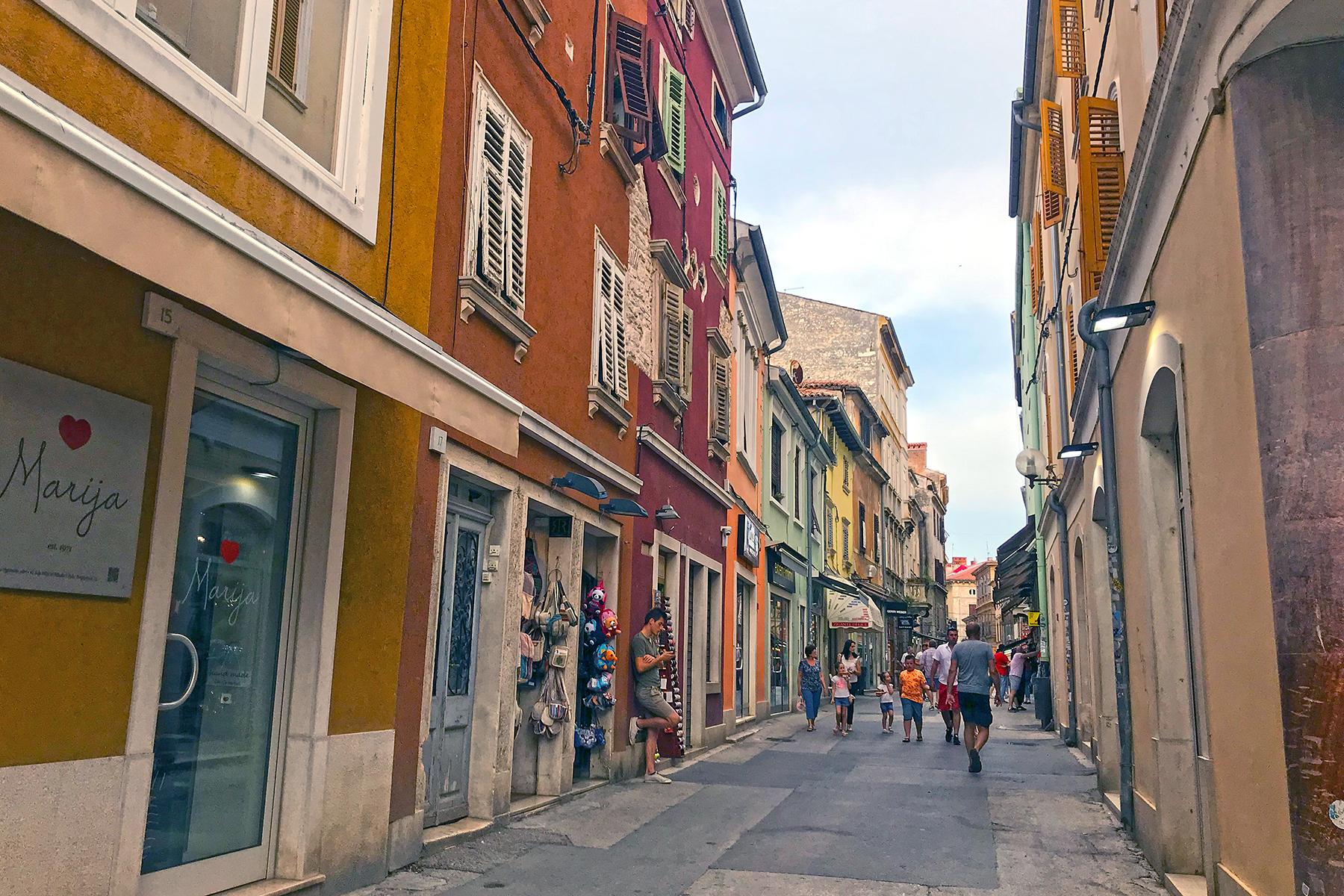 Insidertipps für Pula: 9 Highlights, die man in Pula nicht verpassen darf