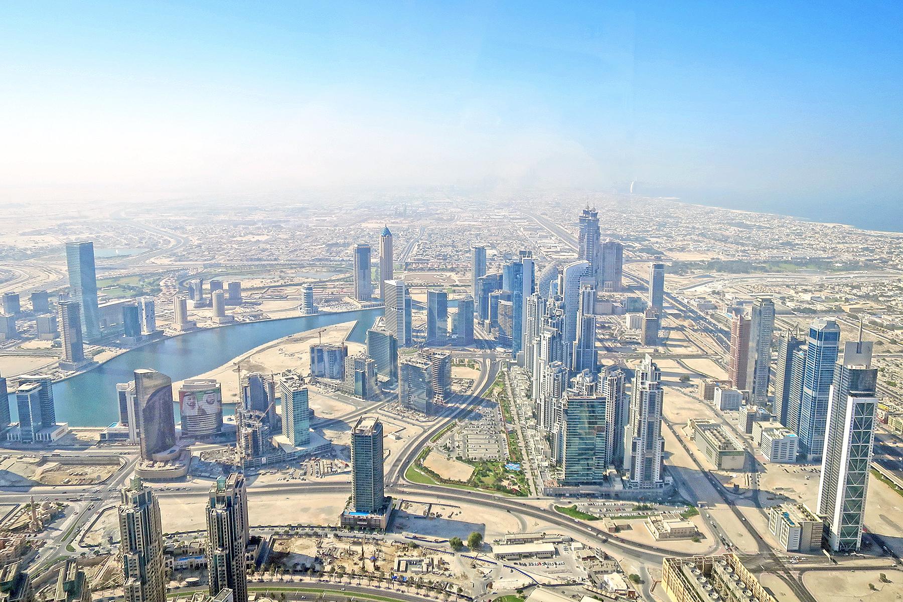 Rekorde In Dubai Grossspurige Glitzerwelt Im Sand
