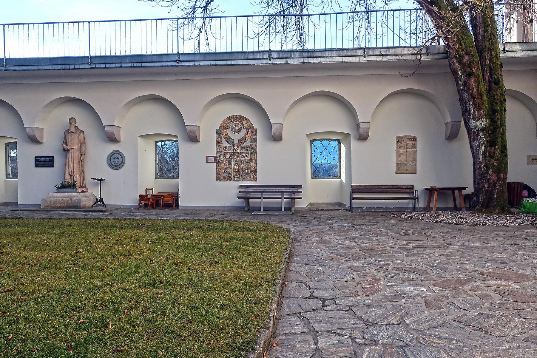Schwimmen, schmausen und schweigen in Kärntens Schlosshotels